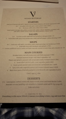 Le menu qui donne l'eau à la bouche, offert en anglais pour les touristes ne maîtrisant pas le tapon de voyelles à trémas qu'est l'estonien.